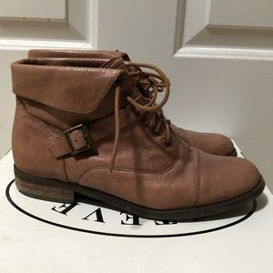 Steve Madden Leather Lace-up Ankle Boots